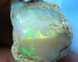 LARGE 16.35 CTS QUALITY ETHIOPIAN WELO OPAL (REO/32 )