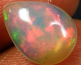 RED ROLLING FLASH ETHIOPIAN OPAL 1.80 CTS  FOB 93