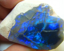 ELECTRIC BLACK OPAL DISPLAY SPECIMEN STILL IN HOST ROCK 1 OZ A7629