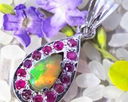Beautiful ethiopian Opal and ruby pendnat  90725