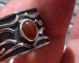 LUXURY FIERY OPAL STERLING SILVER MODERN RING SIZE 8.75