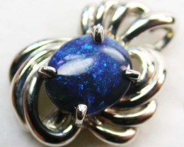 BLACK OPAL PENDANT 18 K  WHITE GOLD   CK 177