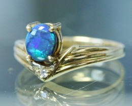 BLACK OPAL RING SIZE 5.5   18 K   GOLD   CK 222