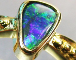 BLACK OPAL RING SIZE 5.25    18 K GOLD   CK 234