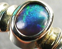 BLACK OPAL RING SIZE 6.5    18 K  WHITE GOLD   CK 260