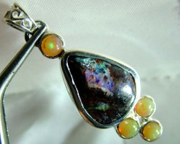 31  CTS ETHIOPIAN OPAL SILVER PENDANT  OF-1685