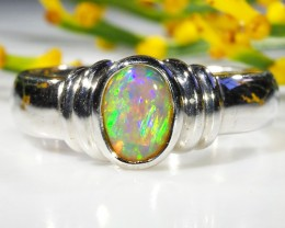 CRYSTAL OPAL RING SIZE 6.5   18 K  WHITE GOLD   CK 267