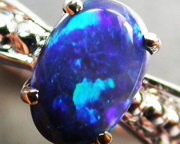 BLACK OPAL RING SIZE 5.5   18 K  WHITE GOLD   CK 270