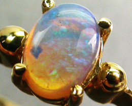 CRYSTAL OPAL RING SIZE 5   18 K  GOLD   CK 280