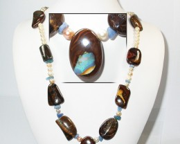 607.45 CTS BOULDER GEMSTONE NECKLACE [SOJ917]