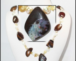 633.60 CTS BOULDER GEMSTONE NECKLACE [SOJ920]
