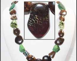 946.95 CTS BOULDER GEMSTONE NECKLACE [SOJ946]