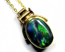 FASCINATING GREEN FIRERY PATTERN BLACK OPAL PENDANT SCO434
