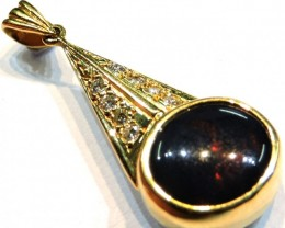 BLACK OPAL 18K GOLD DEEP RED FIRE PENDANT  SCO653