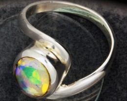 FIREY WELO OPAL-FACETED SILVER RING. RING SIZE 9 [SOJ1091]