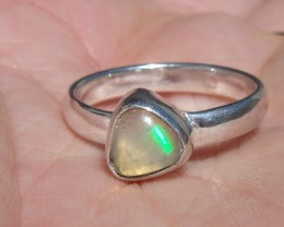 FIRE OPAL GEMSTONE SILVER FASHION RING SIZE 8.25