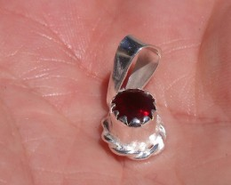 CHERRY FIERY OPAL MEXICAN GEMSTONE SILVER PENDANT P001