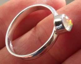 NATURAL OPAL GEM SILVER RING SIZE 9.25