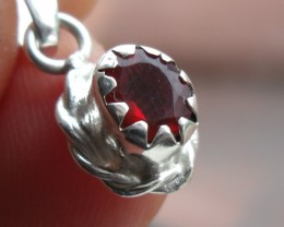 FIRE OPAL CHERRY GEMSTONE & SILVER FASHION PENDANT P016