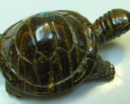 "BOULDER CARVING ""TORTOISE "" TOP POLISH PIECE 106 CT A8904"