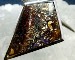 BEAUTIFUL PATTERNED KOROIT BOULDER OPAL PENDANT K368