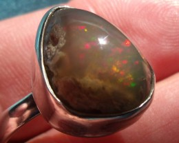 WELO MATRIX GEM & SILVER FASHION RING Sz9.5