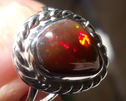 WELO OPAL GEM & SILVER FASHION RING Sz 7.5
