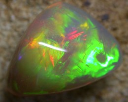 9.95 CTS BRIGHT SATURATED 4 SIDED OPAL -ETHIOPIA  [VS6012]