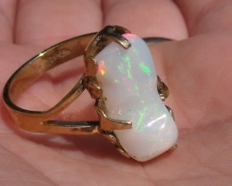 Wello Opal Gem & Gold Plated Ring SZ 8.75