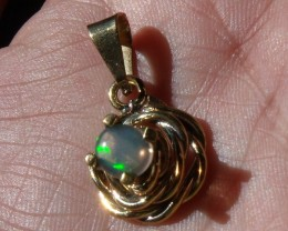 Welo Opal Gem & Gold Plated Silver Pendant P062