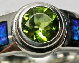 7 RING SIZE INLAYED SILVER OPAL RING WITH PERIDOT [SOJ2271]