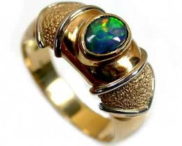 BLACK OPAL 18K GOLD RING SIZE 8.5 SCO689