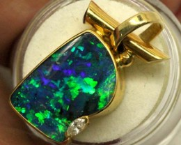 24.1CTS OPAL PENDANT 18K SOLID