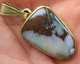 OPALLOVERS OPALS>20.90cts.ELECTROPLATED BOULDER OPAL PENDANT