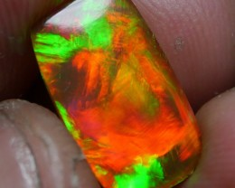 Beauty 5/5 Darkbase Welo Opal