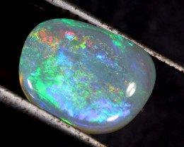 1.51 cts Interesting Rolling Pattern Opal (R2034)
