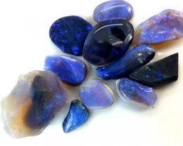 BLACK OPAL ROUGH  L. RIDGE   17 CTS    DT-3657