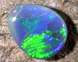 .35 CTS SMALL BRIGHT BLACK   OPAL   PL 633