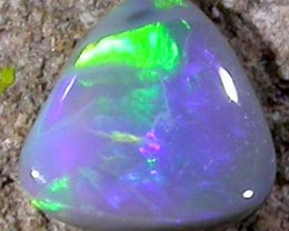0.65 CTS SMALL BRIGHT OPAL  PL 636
