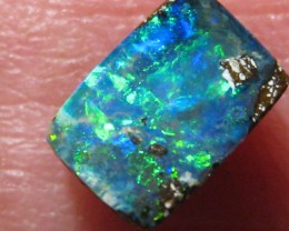 'GEM' QUALITY BOULDER OPAL - GREAT SIZE FOR A BRILLIANT OPAL RING.