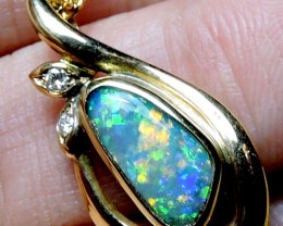 SUNSET FIRE BRIGHT BOULDER OPAL 18K GOLD PENDANT SCO1276