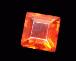 .2ct Red Faceted Mexican Jelly Opal (MO94)