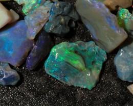 48 CARAT Lightning Ridge black/crystal opal