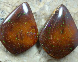 lots of pinfire colorplay in this piar of yowah opals