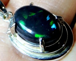 BEAUTIFUL BLUE FLASH BLACK OPAL 18K WHITE PENDANT SCO1291