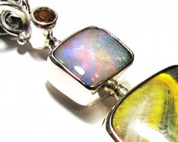 LARGE PENDANT OPAL AND BUMBLEE PENDANT [SOJ3729]