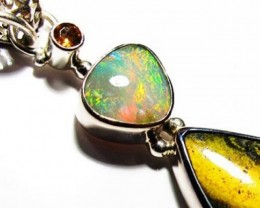 LARGE PENDANT OPAL AND BUMBLEE PENDANT [SOJ3738]