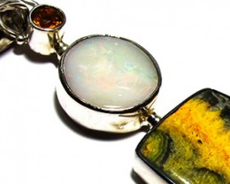 LARGE PENDANT OPAL AND BUMBLEE PENDANT [SOJ3744]