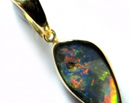 Freeform bright Boulder  Opal set in 18k Gold Pendant sco 1480