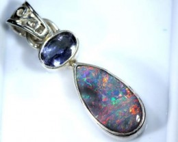 OPAL SILVER PENDANT WITH TOPAZ 10.0  CTS   OF-397